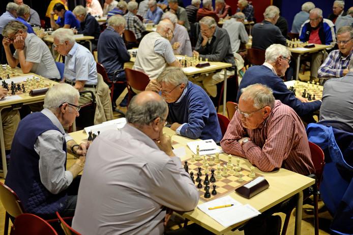 Overijssels kampioenschap schaken voor het eerst in Kulturhus Borne.
