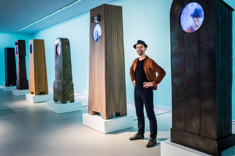 Kunstenaar Maarten Baas in het Groninger Museum. Beeld Hollandse Hoogte