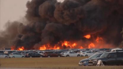 3.500 huurwagens branden uit op luchthaven