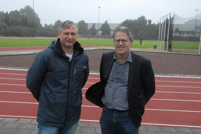 Christiaan ter Bogt (Kragten) en Theo Verhagen (gemeente Den Bosch) zijn tevreden na de uitgebreide renovatie