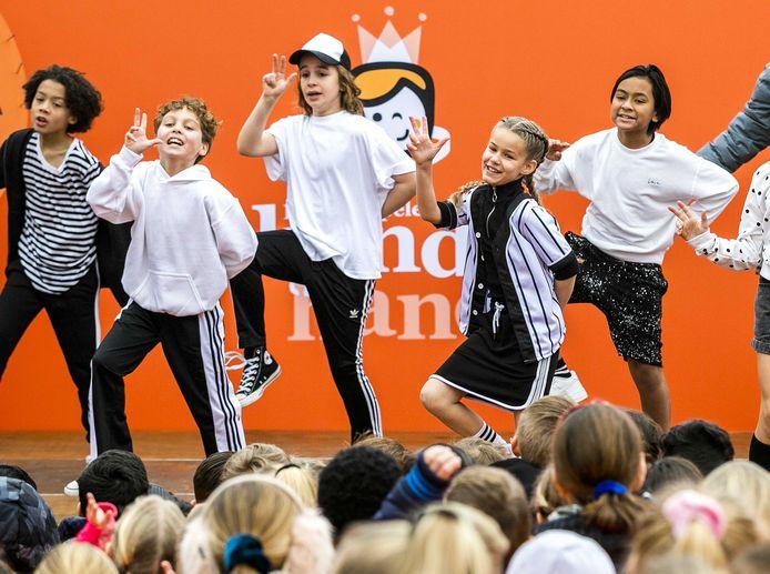 Kinderen voor Kinderen maakt elk jaar een lied voor de Koningsspelen.