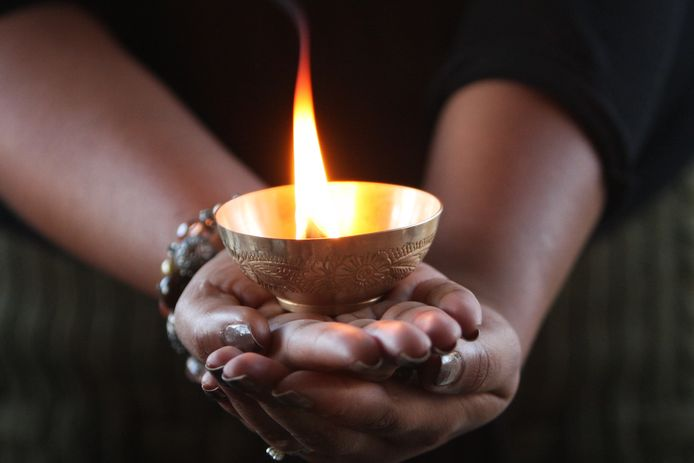 Miljoenen Hindoes over heel de wereld vieren de komende dagen het lichtjesfeest Divali.