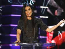 Demi Moore zet ex Bruce Willis te kakken in The Roast