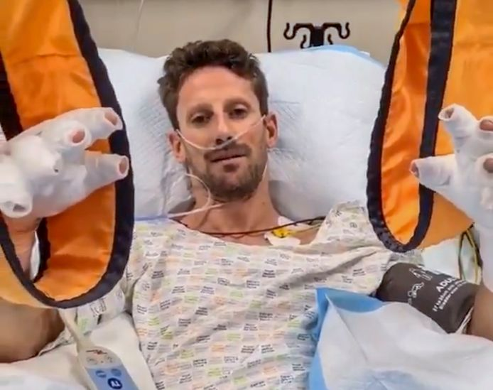 Romain Grosjean in het ziekenhuis na zijn crash.