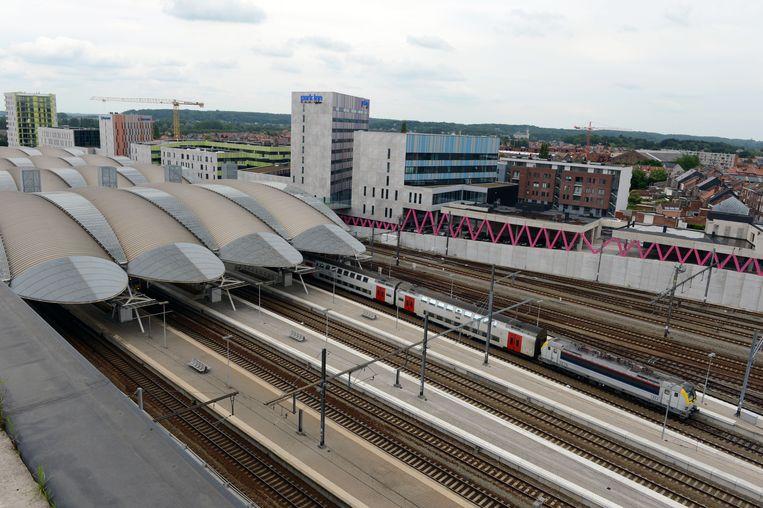 Er komt een studie naar de kostprijs en de technische haalbaarheid van een tunnel voor vrachtwagens en fietsers tussen Leuven Noord en het station.
