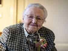 Mevrouw Hemmink-Bolk uit Almelo heeft al 100 jaar elke dag weer zin in een nieuwe morgen