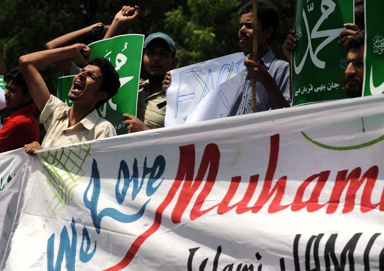 Protest in de Pakistaanse stad Karachi in 2010 tegen eerste Everybody Draw Mohammad Day.  Beeld AFP