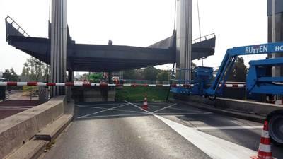 Sluis Weurt: brug open door panne