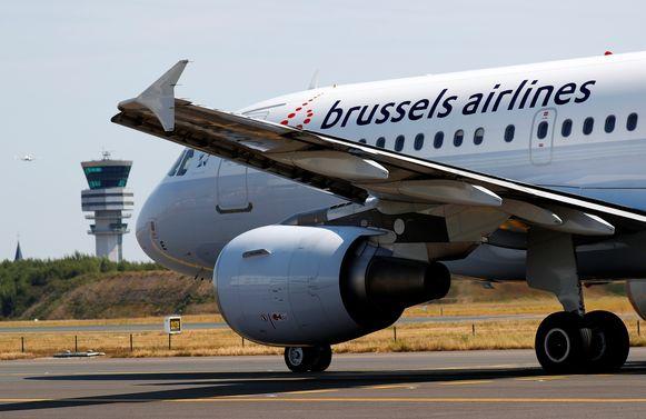 Brussels Airlines stelt zich burgerlijke partij en vraagt een schadevergoeding van zowat 20.000 euro.