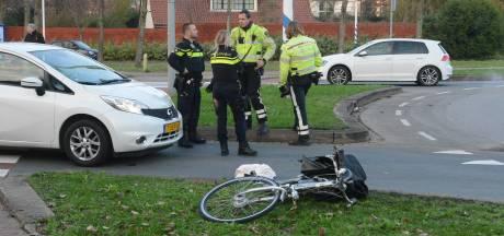 Vrouw zwaargewond door aanrijding met auto in Haagoord