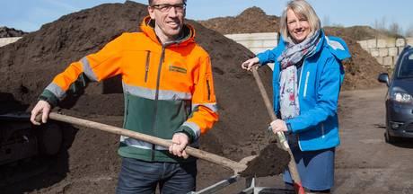 Inwoners uit Lelystad halen 85 ton gratis compost af