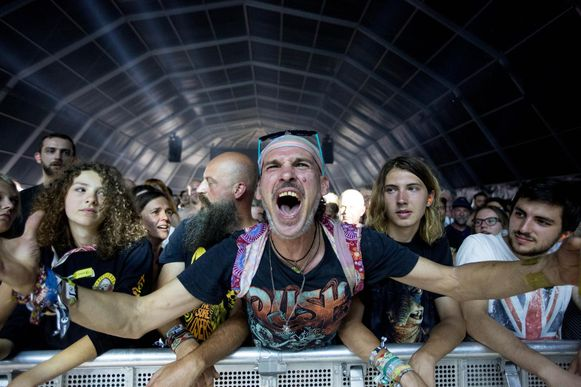 Ook de Limburgse rockgroep The Sore Losers kreeg heel wat fans wild.