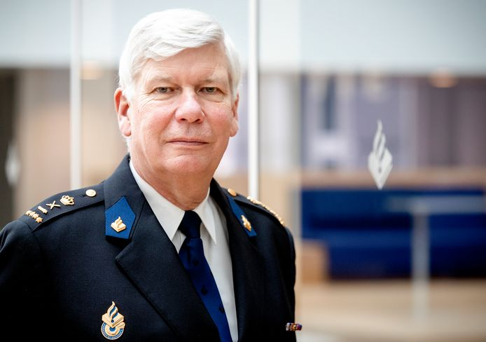 Henk van Essen.