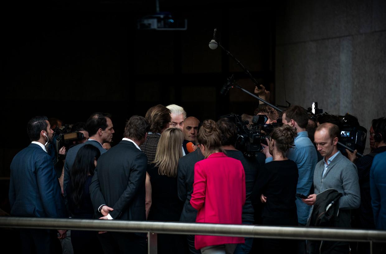 Geert Wilders (PVV) in gesprek met de pers. De PVV van Wilders haalde 0 zetels tijdens de Europese verkiezingen.