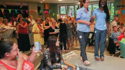WZC De Korenbloem showt nieuwe werkkledij