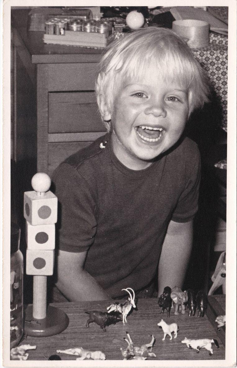 In de documentaire van Coen Verbraak zien we veel beeldmateriaal van de jonge Antonie. Beeld Privéfoto