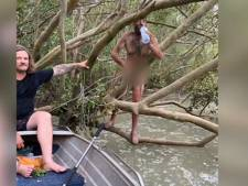 Naakte man die uit boom in moeras gered wordt, blijkt voortvluchtige overvaller