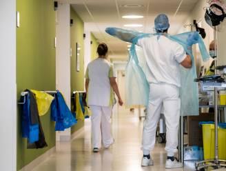 Aantal coronapatiënten loopt op tot boven de dertig, ziekenhuis roept op niet zelf te bellen rond uitstellen ingrepen