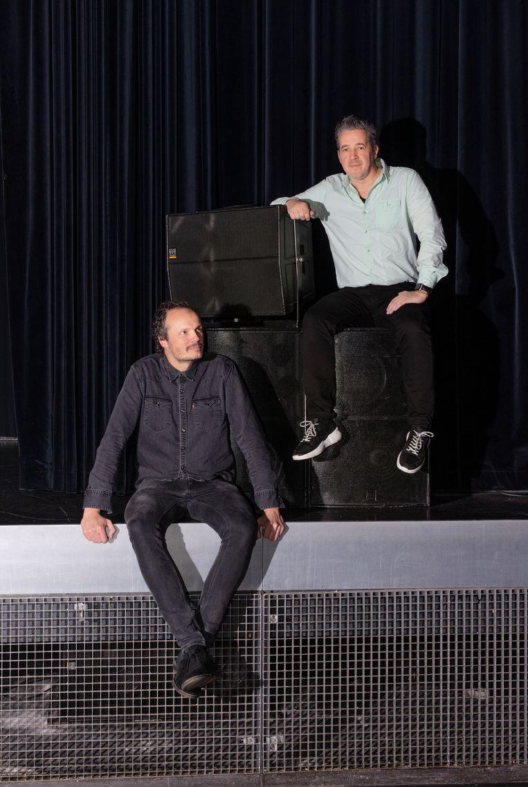 Programmeur Frank Satink (l) en directeur Johan de Jong van het Twentse poppodium Metropool. Beeld null