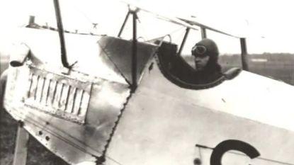 De ongelofelijke krachttoer van piloot die solo Australië bereikte en een legende werd voor de tragedie toesloeg