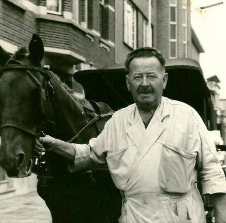 Melkventer Jefke Schnaps en zijn paard.