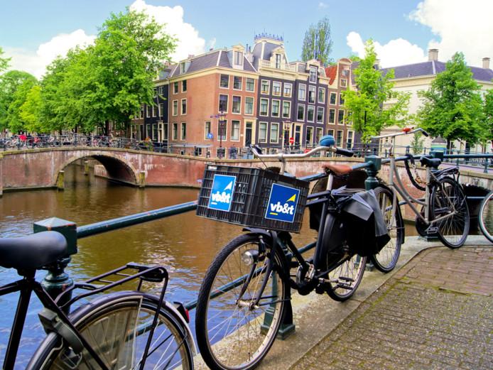 Woning- en gebouwbeheerder Vb&t uit Eindhoven opent op 1 september een vestiging in Amsterdam. Ook onder meer ERA Vb&t makelaars gaan hier werken.