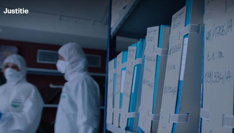 In deze ruimte worden dossiers bewaard die aangetast zijn door een schimmel.