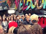 Ed Sheeran geeft straatconcert in Melbourne
