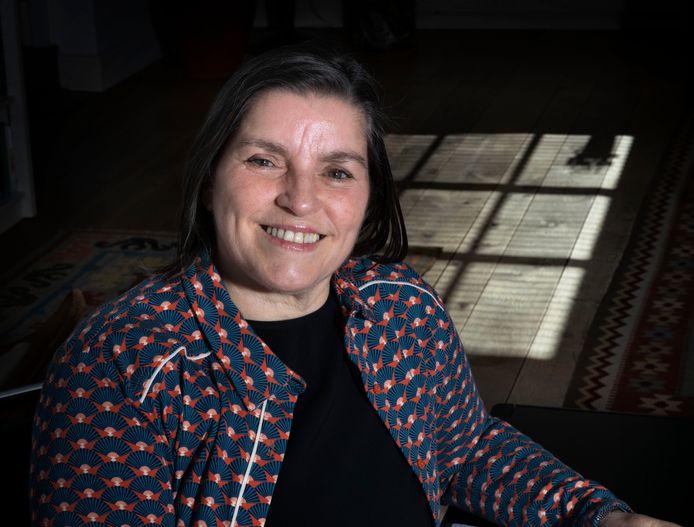 """Susanne van den Broek: ,,Ik wil graag horen wat er gezegd wordt, maar kan het niet volgen."""""""
