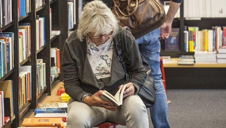 Boekhandel Scheltema toen de winkel nog aan het Koningsplein zat. Beeld Floris Lok