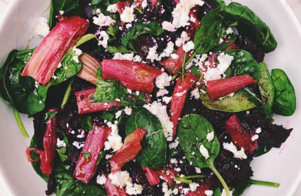 Laatste kans voor rabarber en asperges!    (daarom: rabarber-bietensalade)