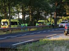 Motorrijder verongelukt na 'wheelie' op Rijksweg bij Reek