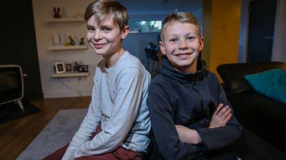 """Bas (12) en Pim (10) hebben zo'n zeldzaam syndroom dat overheid niks terugbetaalt """"Ze denken dat onze zonen gezond zijn. Dat doet zo'n pijn"""""""