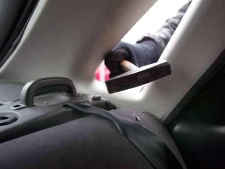 Man uit Het Hogeland opgepakt na zeven auto-inbraken in Lelystad