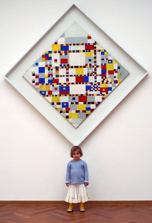 Geen streepjes op kast maar schilderij als meetlat den haag - Schilderij kamer jongen jaar ...
