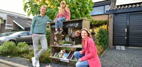 'Het best lopende winkeltje in Moordrecht' is een weggeefkast: 'Het levert veel aanspraak op'