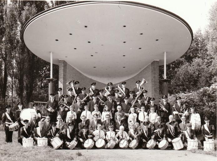 Veldhovens Muziekkorps (26-9-1968).