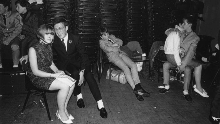 Neo-Mods in een danszaal in Engeland in 1980. Beeld Getty Images