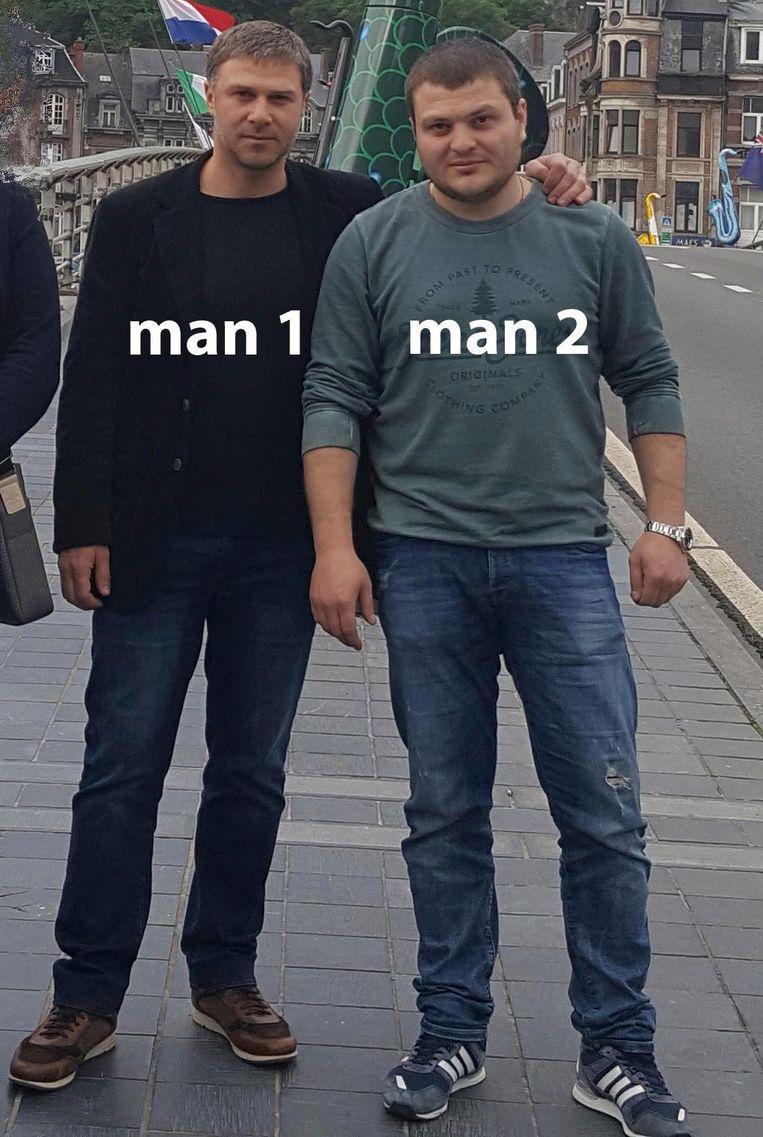 De politie is op zoek naar deze heren.