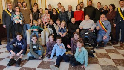 Burgemeester Evergem huldigt eigen grootouders voor 65ste huwelijksverjaardag