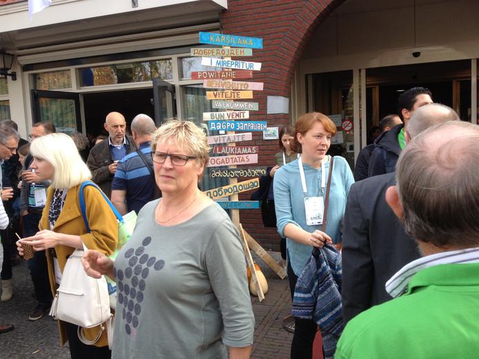Bij MFA De Horst worden de bezoekers in alle talen welkom geheten.