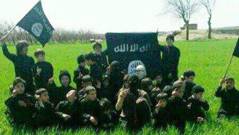 Beeld uit een eerdere IS-propagandavideo met jonge kinderen.