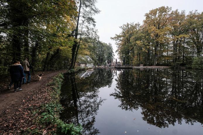 JV 05112018 Beek Peeske wandelroute natuurtuin top 10 / Foto : Jan Ruland van den Brink