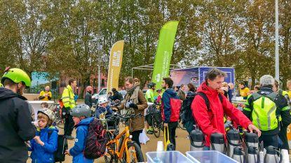 Gewest deelt gratis fietslampen uit