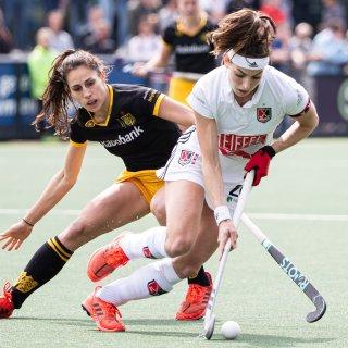 Hockeysters Amsterdam onttronen Den Bosch