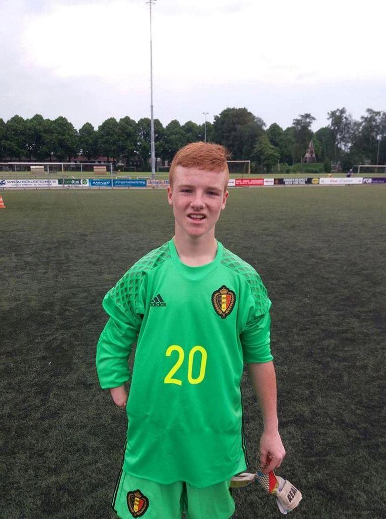 Jari De Wolf verdedigt de nationale kleuren in het Belgische Amp Footballteam.