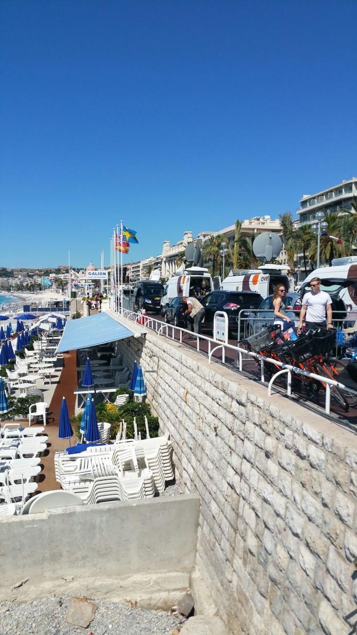 De Promenade des Anglais de ochtend na de aanslag.