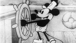 Van 'Steamboat Willie' tot nu: Mickey Mouse door de jaren heen