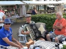 Muziekliefhebbers komen aan hun trekken op Hardenbergse Harmonicadag