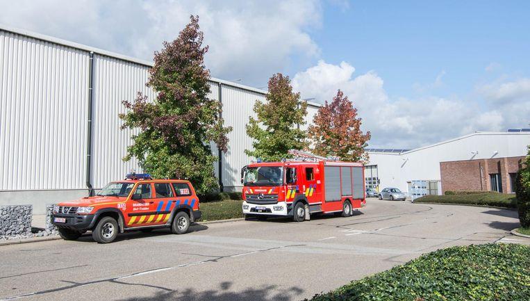 De brandweer kwam ter plaatse om het lek te dichten.